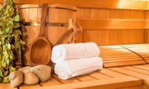 È importante bere molta acqua prima, dopo e durante la sauna e la palestra.