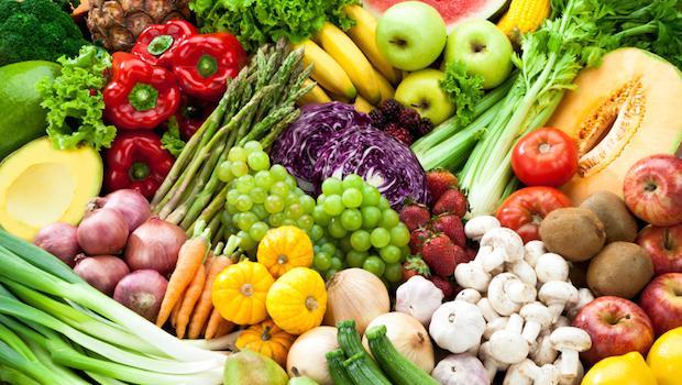 5 Alimenti Che Possono Aiutare a Prevenire i Rischi di Cancro al Seno