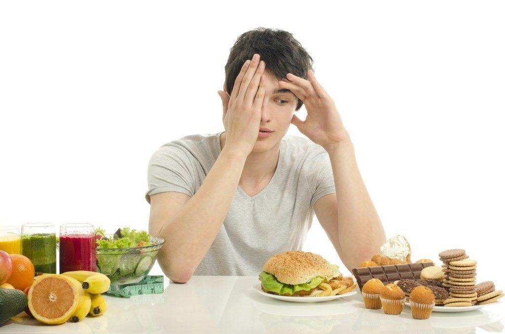 Consigli per evitare di cedere alle voglie di cibo