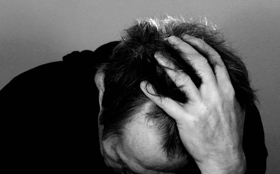 Tensione mal di testa - sintomi